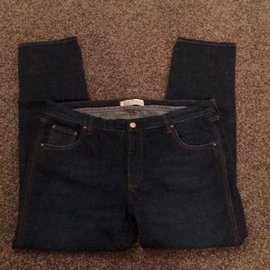 Old Navy straight/skinny jeans